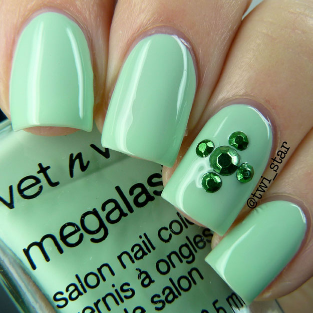Wet N Wild Tree Hugger Silver Lake Polish Collection Swatch Spring 2015