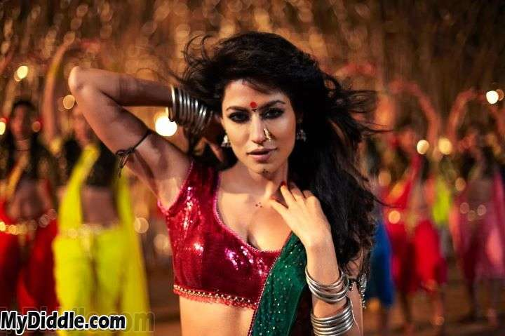 Chitrangada Singh Item Girl1 - Chitrangada Singh Sexy Stills from movie Joker - Item Song