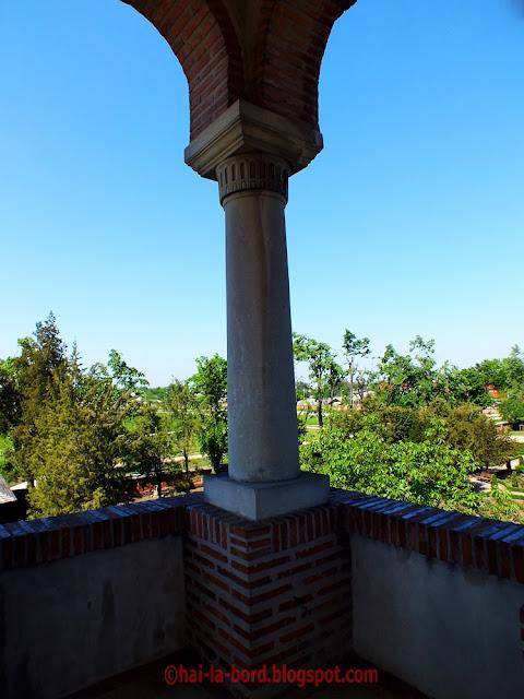 coloana poarta intrare mogosoaia