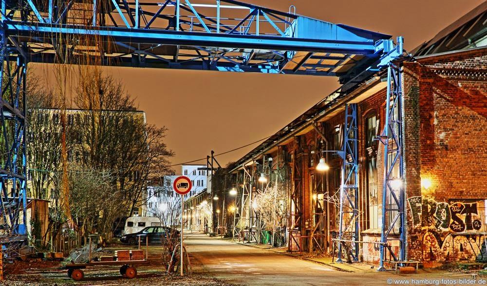 Hamburg Kampnagel Gelände bei Nacht