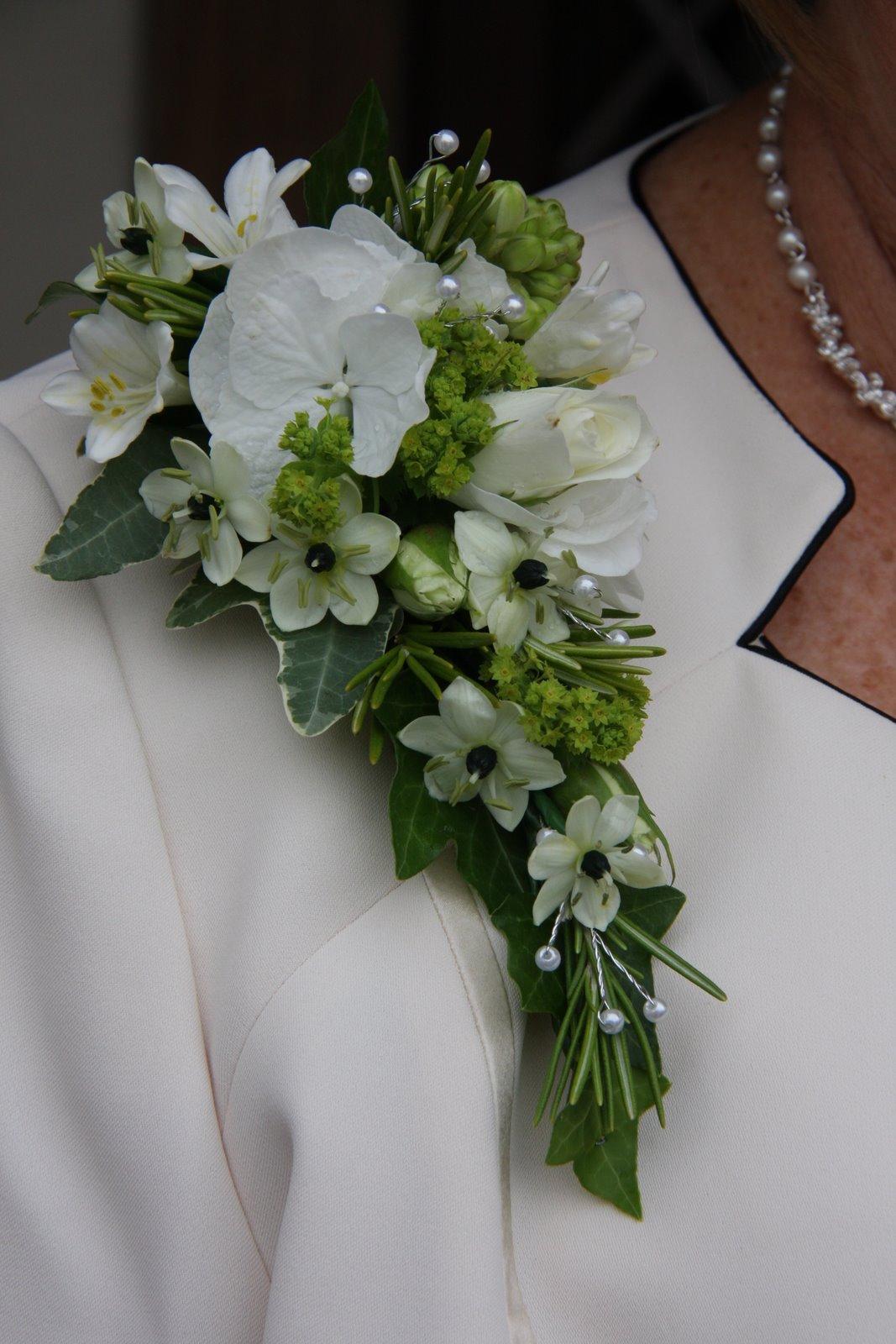 Flower Design Buttonhole & Corsage Blog Ivory & Black Epaulette Corsage