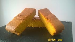 Una ración de nuestro pastel de zanahoria