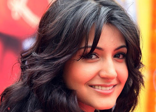 Anushka Sharma Bollywood Actress Wallpaper