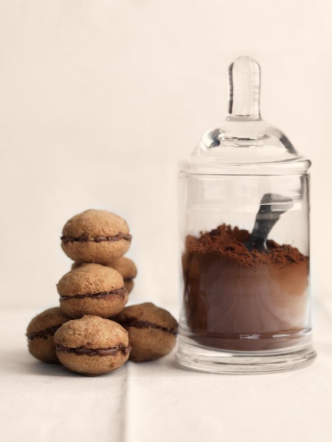 baci di dama italian cookies biscotti