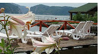 Cazanele Dunarii vazute din barca - Pensiunea Ponton (clic img)