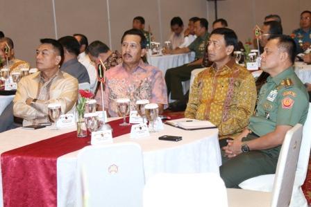 FOTO :  Silahturahmi Panglima TNI dengan Para Mantan Petinggi TNI