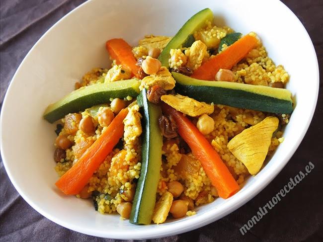 Cuscus con pollo y verduras. Receta morroqui