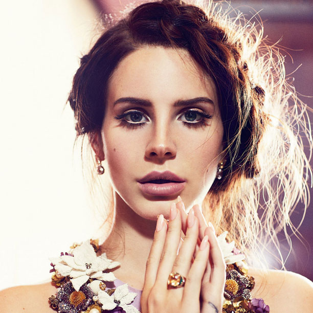 MUSINGS OF A SCI-FI FANATIC: Lana Del Rey: Born To Die: The ...
