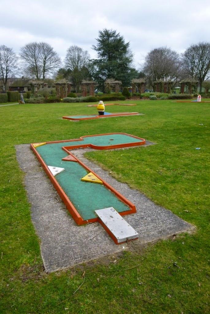 Mini-Golf in Tamworth, Staffordshire