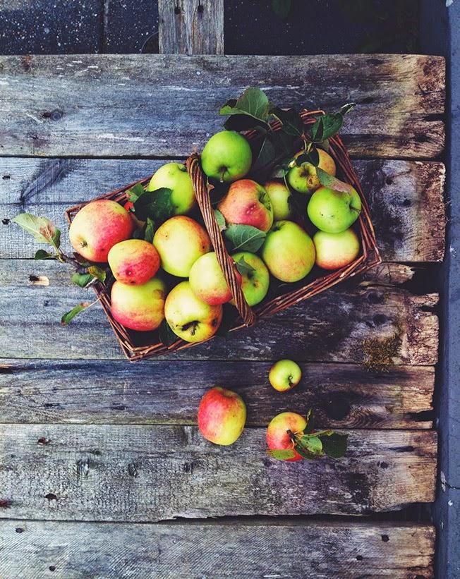 Rustik æbletærte med pekannødder - uden sukker