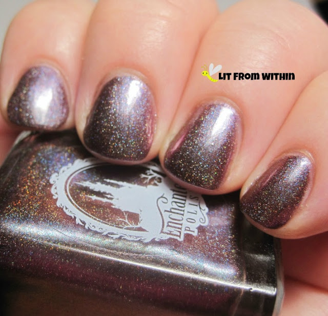 February 2013 has a green duochrome effect