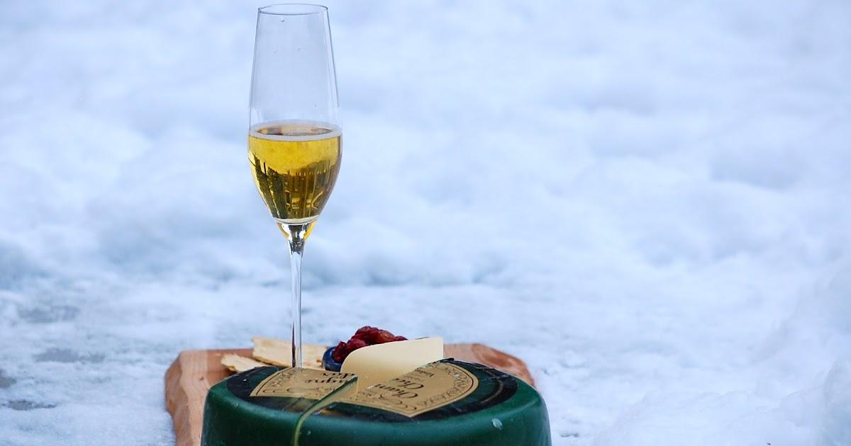 Lady Gouda Champagne Cheddar And Cranberry Pear Mostarda