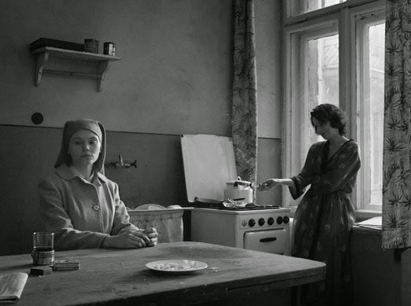 Agata Trzebuchowska and Agata Kulesza in Paweł Pawlikowski's Ida