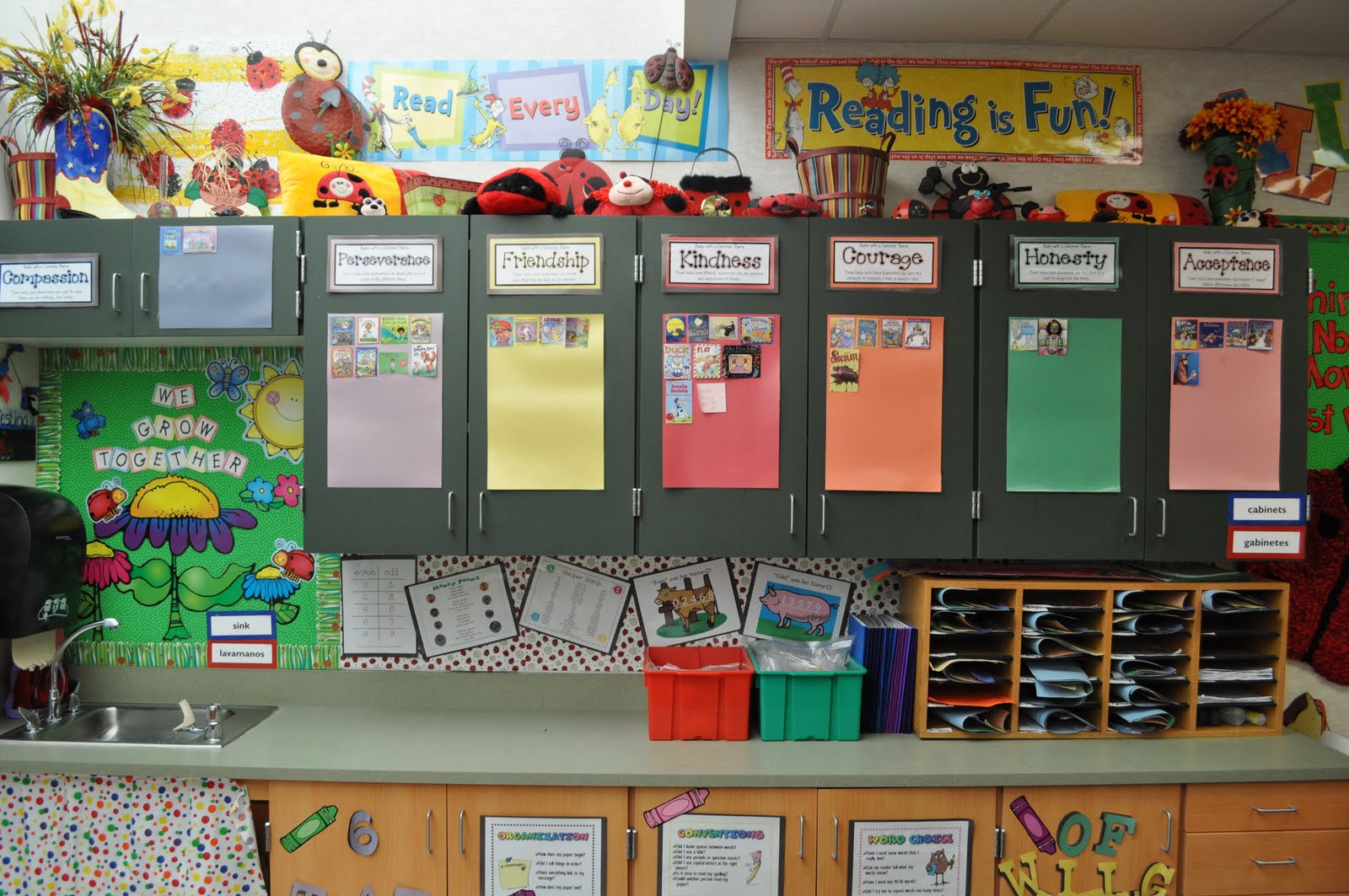 Classroom Ideas Second Grade : Step into nd grade with mrs lemons literacy bulletin boards
