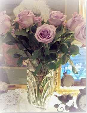 Lavender Roses....my all time favorite ♥