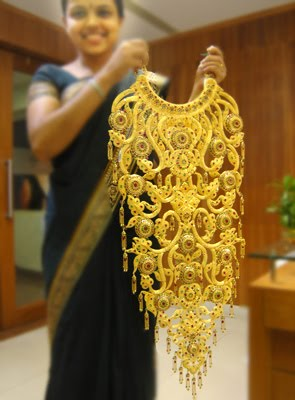 Gold And Diamond Jewellery Designs Alukkas Bridal Necklace