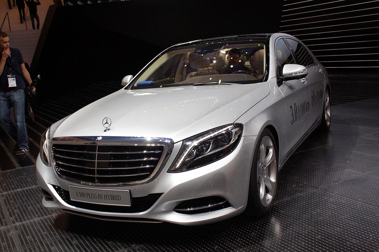 automotiveblogz 2014 mercedes benz s500 plug in hybrid frankfurt 2013 photos. Black Bedroom Furniture Sets. Home Design Ideas