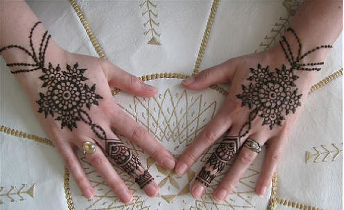 Simple Arabic Flower Mehndi Designs : Flower henna designs design