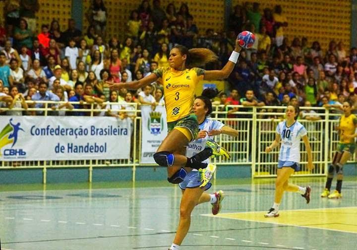 Victoria de Brasil sobre Argentina en amistoso femenino | Mundo Handball