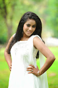 Poorna latest Glam Pics from Nuvvala Nenila Movie-thumbnail-10