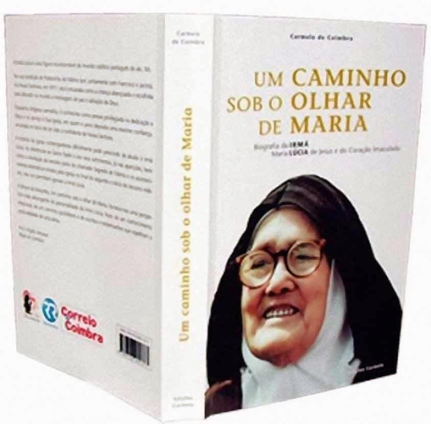"""O livro """"Um caminho sob o olhar de Maria"""" editado pelo Carmelo de Coimbra."""