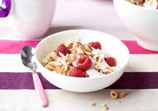 Creamy Raspberry Bircher Muesli