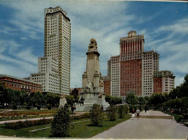 La Torre de Madrid.