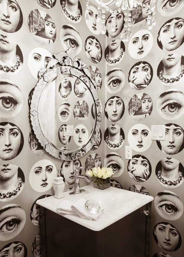 to da loos fornasetti tema e variazioni wallpaper bathrooms. Black Bedroom Furniture Sets. Home Design Ideas