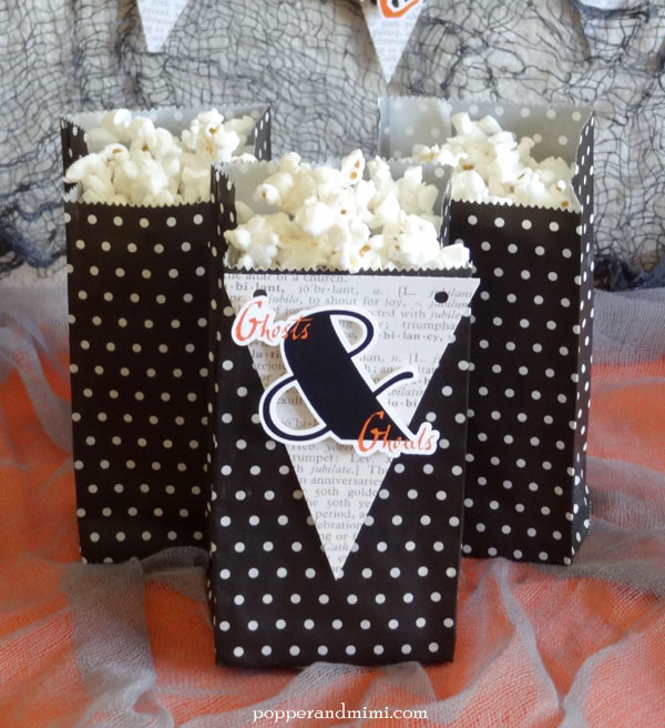 Ghosts and Ghouls Halloween treat bags | popperandmimi.com