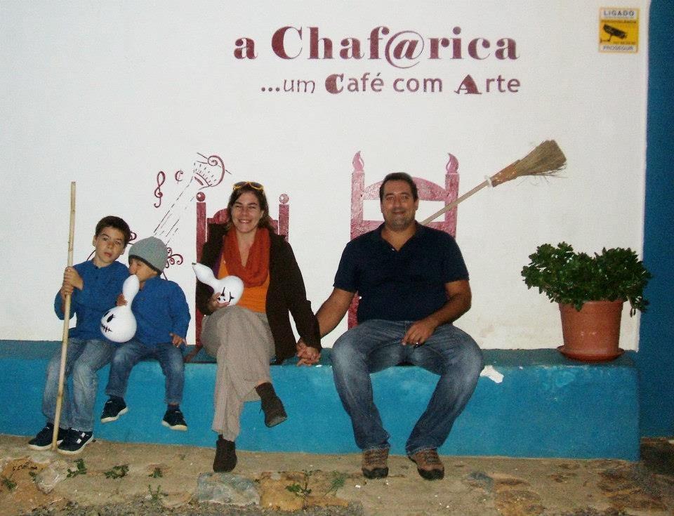 Cadeira da Fama com AmarelArte