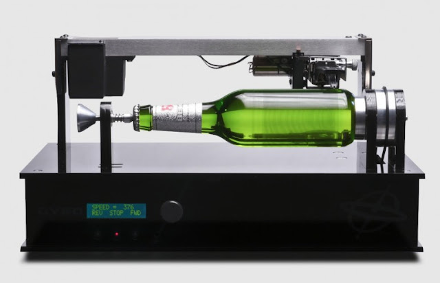 The Beck's Edison BottleMusic-playing beer bottle, To promote its new record label, Beck's Brewery inscribed a simple beer bottle with music, which can be played like a 19th century phonograph cylinder