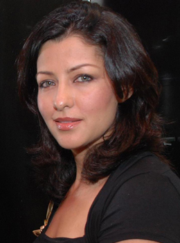 aditi govitrikar daughter