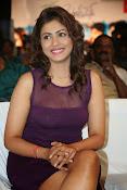 Madhu Shalini Glamorous photos-thumbnail-18