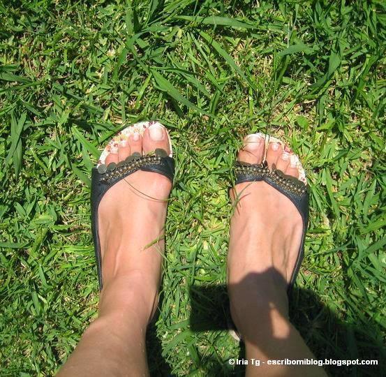 Mis sandalias. Comienzo mi andadura como bloguera.