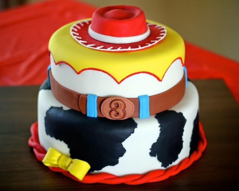 Bolo com Pasta americana - cowbow Toy story