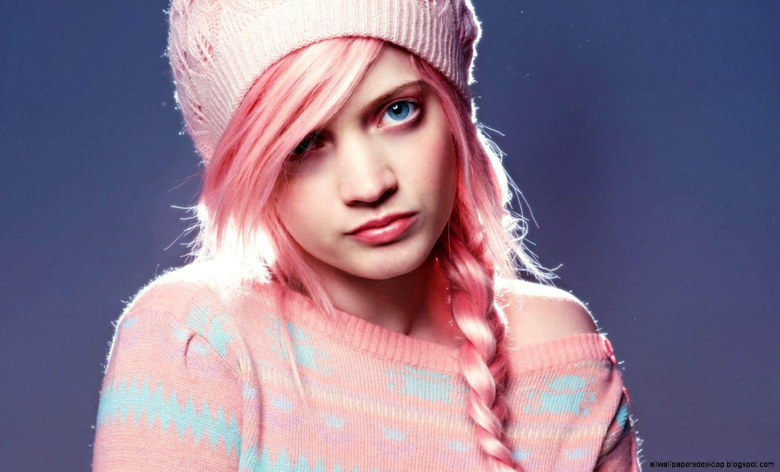 Red Hair Fashion Girl 6995151