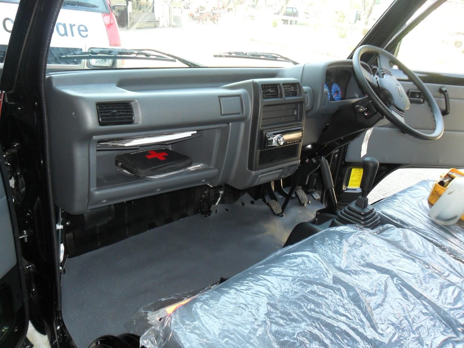 Mobil Mitsubishi  Mitsubishi T120ss