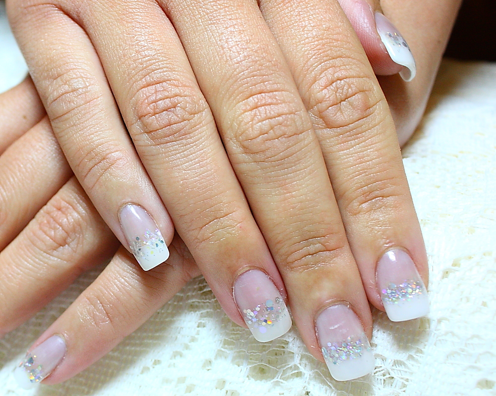 NailzImage by LadyElle / TrinketHouse: Fancy French Nails