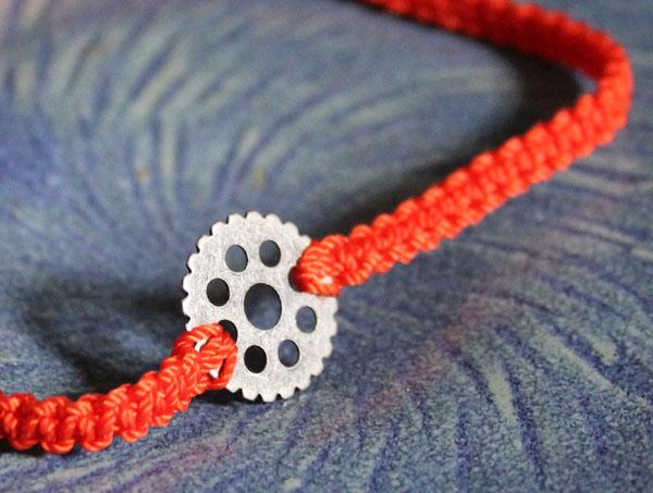 Steampunk Gear Macrame Bracelet