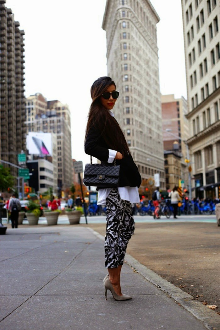 Asos oversized bowtie, chanel bag, chanel brooch, karen walker harvest sunglasses, BaubleBar 360 pearl studs, pearl ring, classic, BergdorfGoodman, chanel event, schutz heels, flatironbuilding, nyc, nastygal, streetstyle, fashionblog, shallwesasa