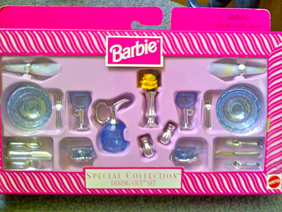 Barbie accessory set review special collection 39 dining for Barbie kitchen set 90s
