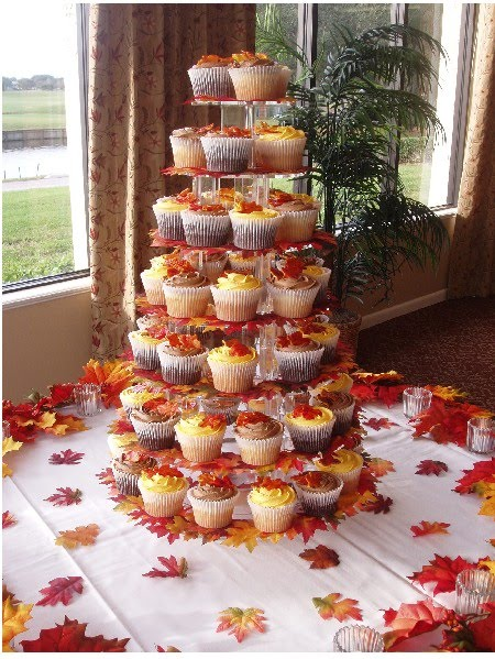 Fall Themed Cupcake Ideas http://cariadproductions.blogspot.com/2011/03/fall-wedding-ideas.html