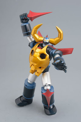 Evolution Toy - Dynamite Action Gaiking Figure