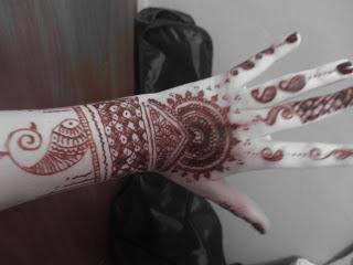 Henna/ Inai and Some Cultural Ramblings
