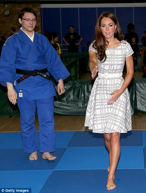 Strictly Kate (Catherine - The Duchess of Cambridge): The ... Kate Middleton Bunions