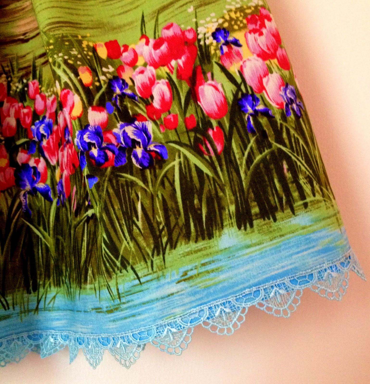 На конец, я закончила шить юбку. Самая простая и легкая юбочка отняла у меня кучу времени     Сделала мерки... а что здесь делать то? Только талию смерить...ну я и измерила, точно подогнала по размерчику, сшила
