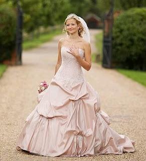 Vestidos de Novia Rosados, parte 1