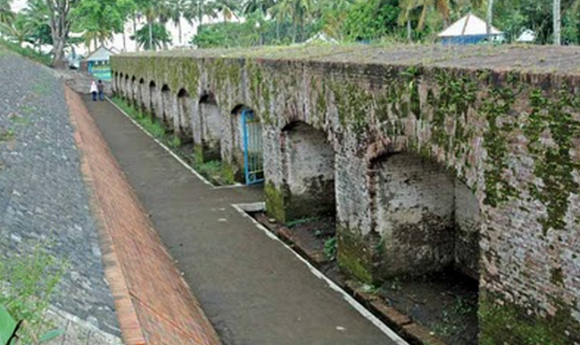 10 Benteng yang Paling Tua di Indonesia