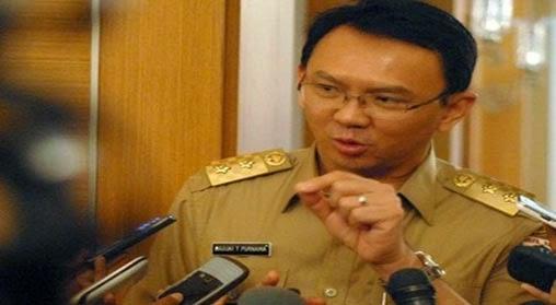Agen Capsa Susun - Jajaran Polrestro Jakarta Selatan mengungkap jaringan prostitusi pada Jumat, 8 Mei 2015. Kali ini tidak main-main, mucikari yang ditangkap bisa menjajakan PSK dengan harga Rp 80 juta-Rp 200 juta