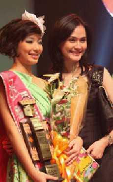 Natalia Margaretha ibu tiri Olivia Dewi